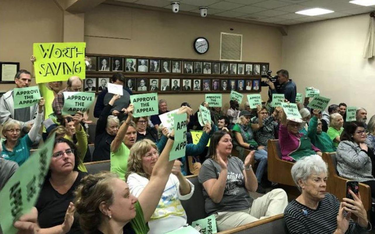 Activism for saving Lake Worth Cottages